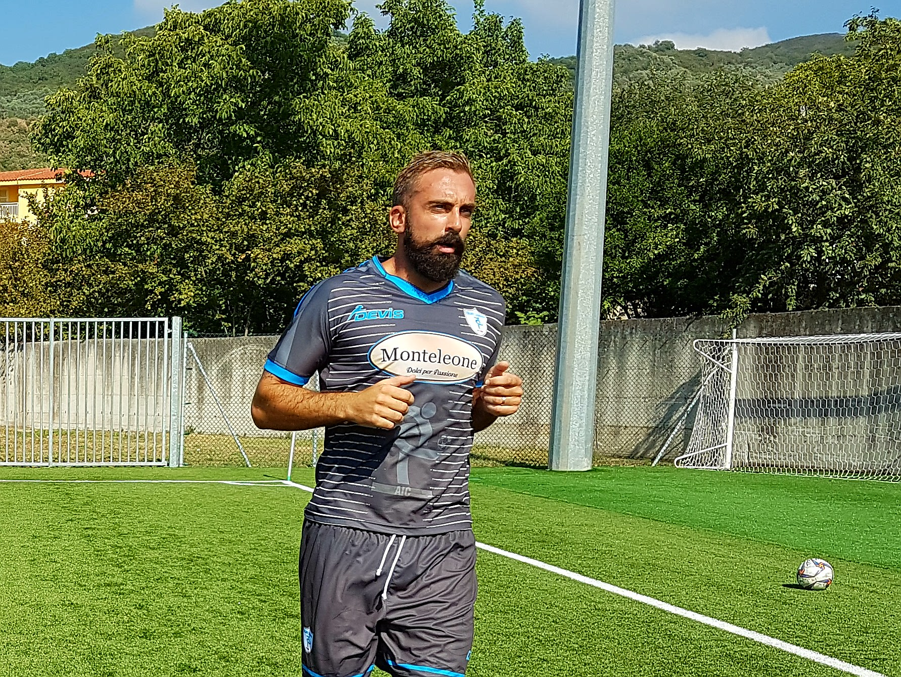 """Equipe Campania, Pascuccio: """"Calciatore lavoro che va rispettato, mi alleno per essere pronto"""""""