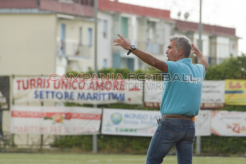 Turris, la prossima settimana sarà saldata la pendenza dell'ex tecnico Giacomarro