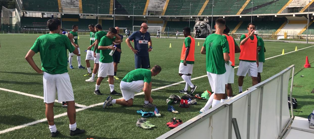Il Calcio Avellino si gode il primato e il ritorno di Graziani