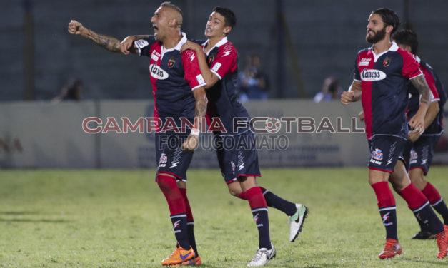 Serie C, la Casertana fa suo il big match: decide la coppia Castaldo – D'Angelo