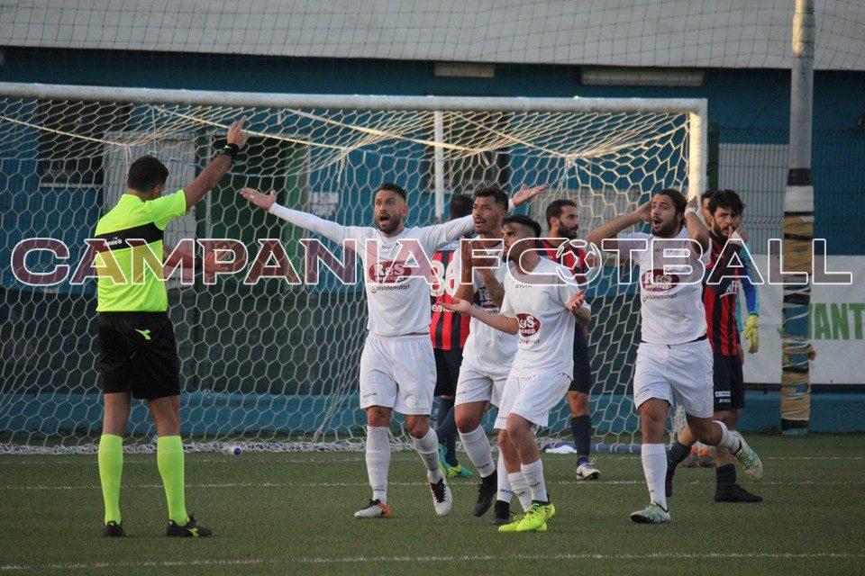 Serie D, Granata-Picerno 1-2: i campani mettono i brividi alla capolista