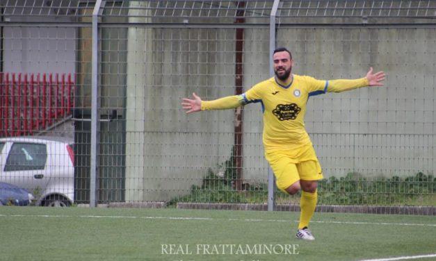 Il capitano Ciocia fa 10 e trascina la Real Frattaminore: con il Napoli Nord vittoria col brivido
