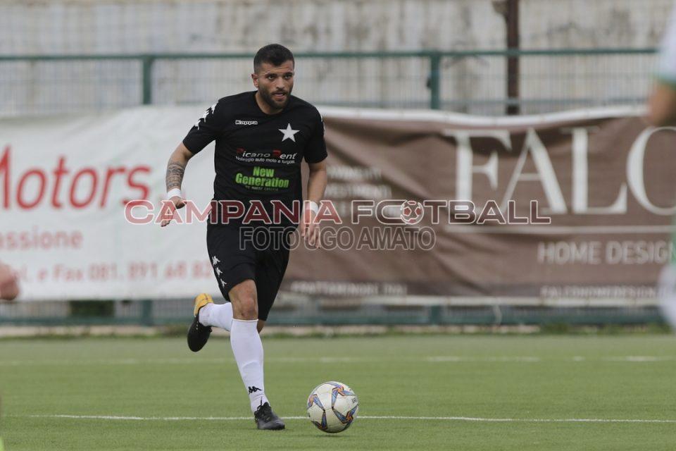 Capogrosso lascia la Frattese: il difensore approda all'Albanova